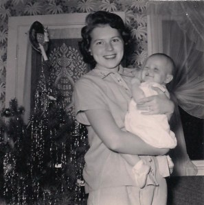 Mama&Jeannie-1st Christmas
